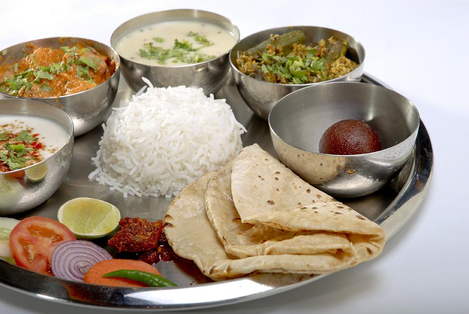 GujaratiThali1.jpg