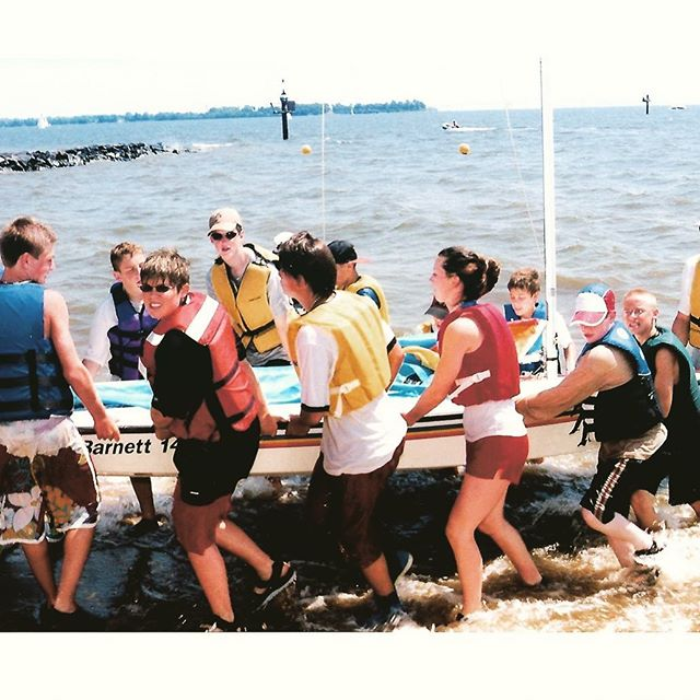 Circa 2002 - Brendan Sailors at Second Session Annapolis Camp finishing up a day on the water! #sailing⛵️ #throwbackthursday #Annapolis #summercamp