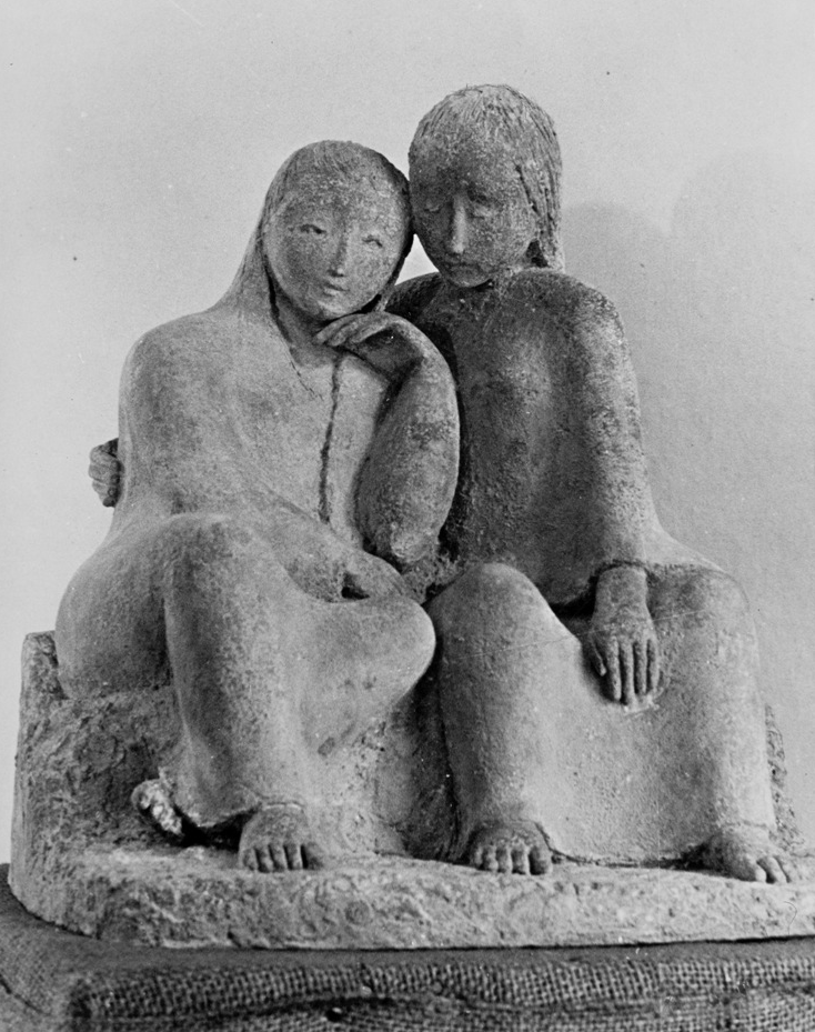 Frauen im Gespra  ch  by Elizabeth Springer, cement, ca. 1936