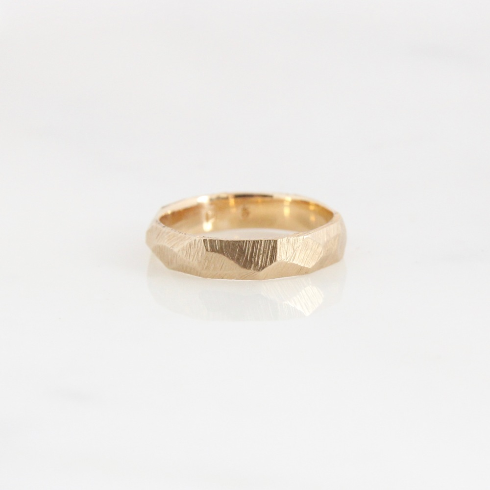 Faceted band 14k yellow gold