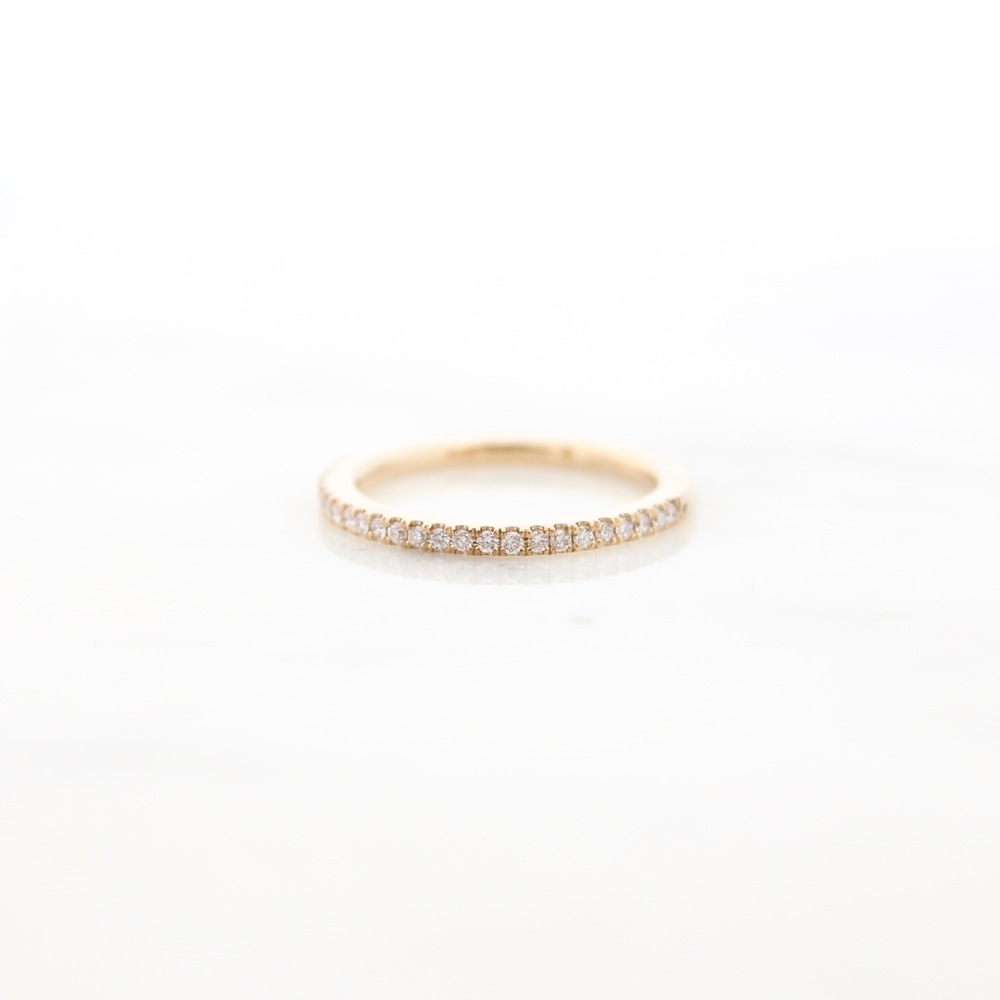 Half eternity band, 14k yellow gold, diamonds
