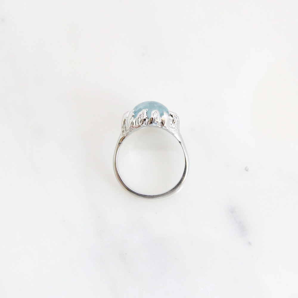 14k white gold, aquamarine, and white diamond sunflower ring