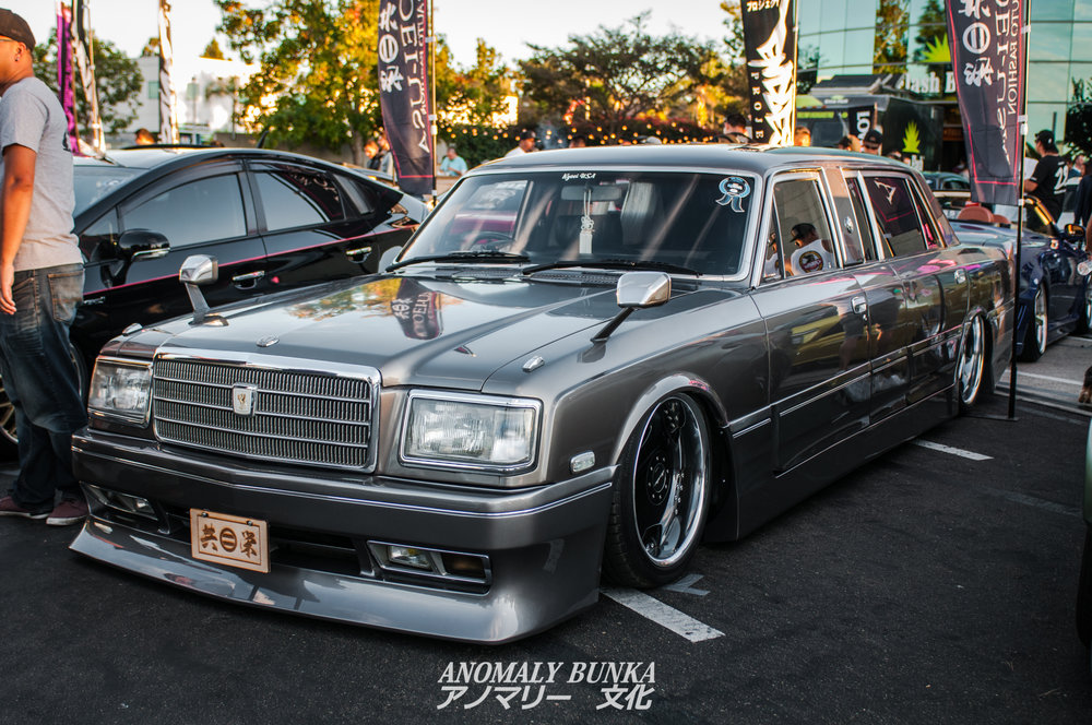 Cesar also brought out his Toyota Century Limo complete with Air Runner suspension, Fabulous wheels, and of course, a Junction Produce kit.