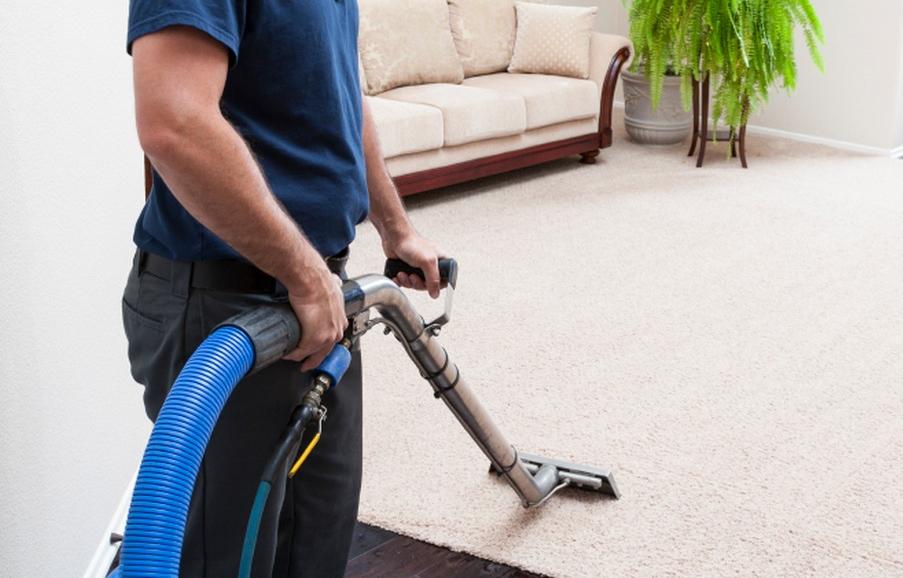 carpet-cleaning-guy21.jpg
