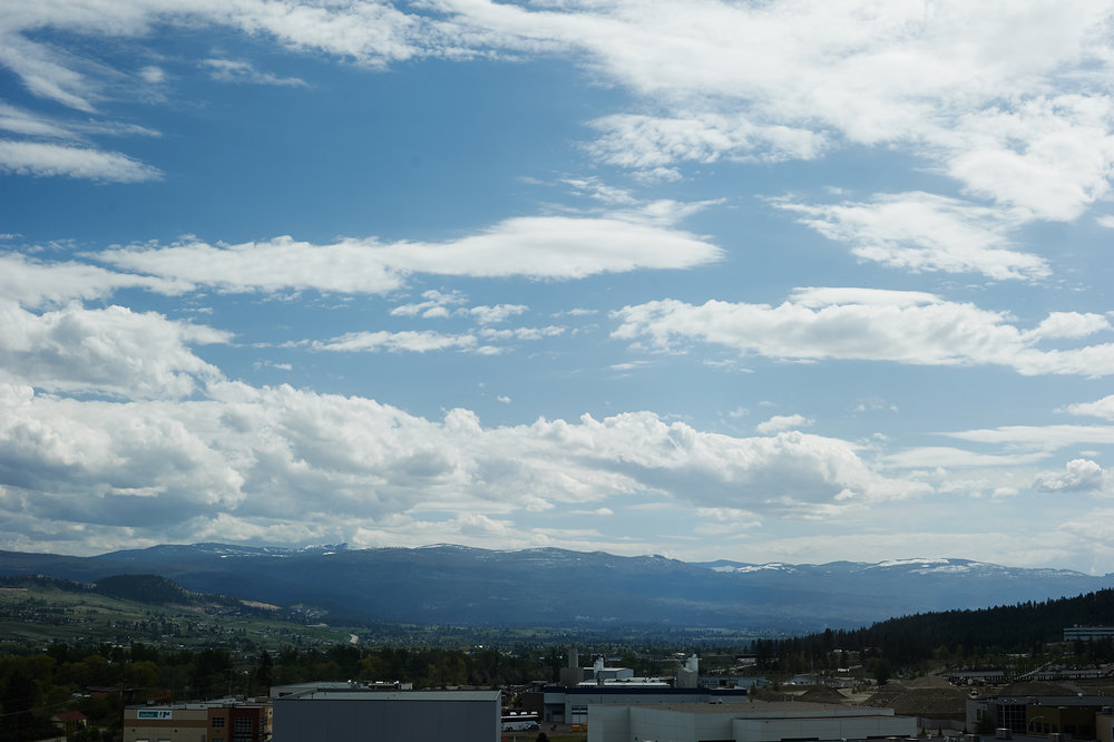 okanagan valley blue sky