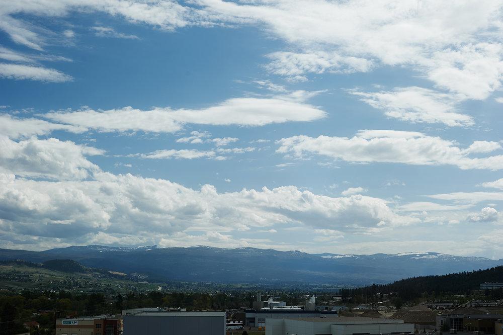 okanagan valley blue sky