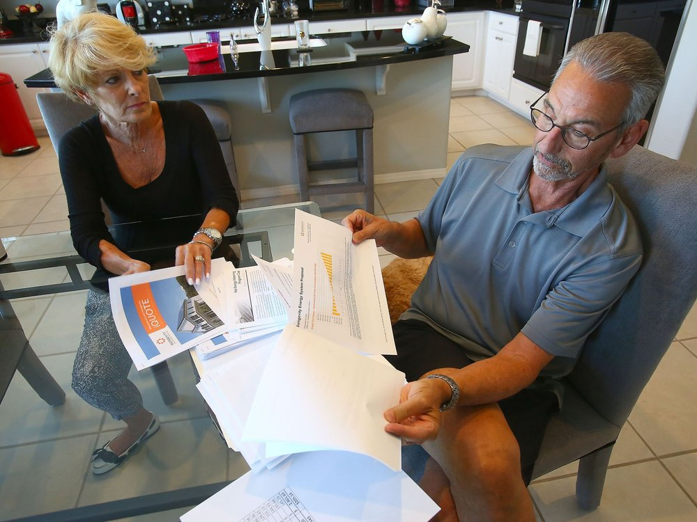 La Quinta residents Bob and Arlene Livon talk about the problems they've had trying to go solar as customers of the IID on May 9, 2016. (Photo: Jay Calderon/The Desert Sun)