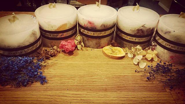 平日キャンドル決めました。  #キャンドル吉田  #手作りキャンドル #candle  #アロマ #女子会 #ワインとご飯でパーティ #久しぶりにシェアハウス感