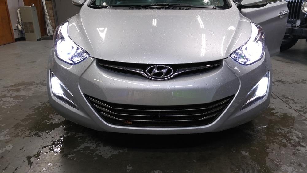 14 Hyundai Elantra.jpg