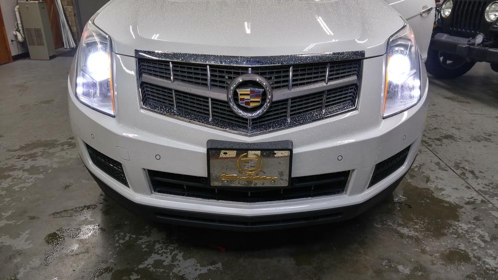 10 Cadillac SRX.jpg