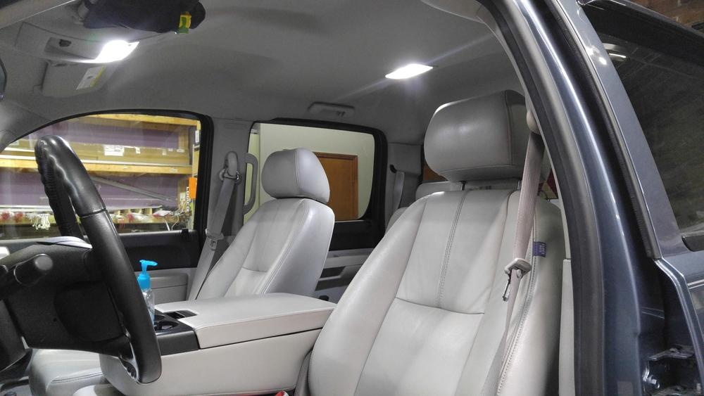 2011 Chevy 1500.jpg
