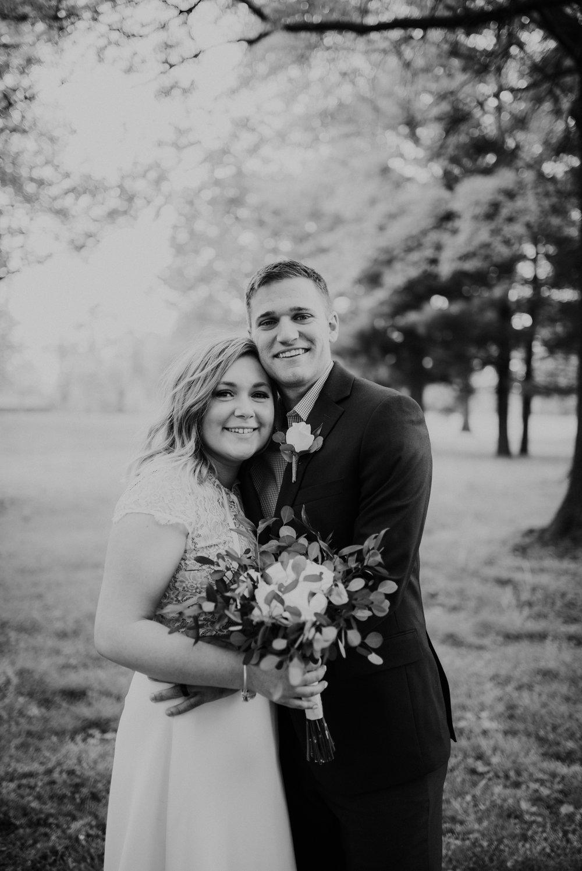 Mr & Mrs Knott-1-348.jpg