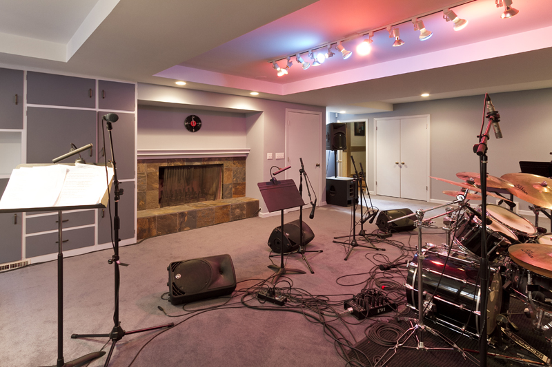 Web_music room 1.jpg