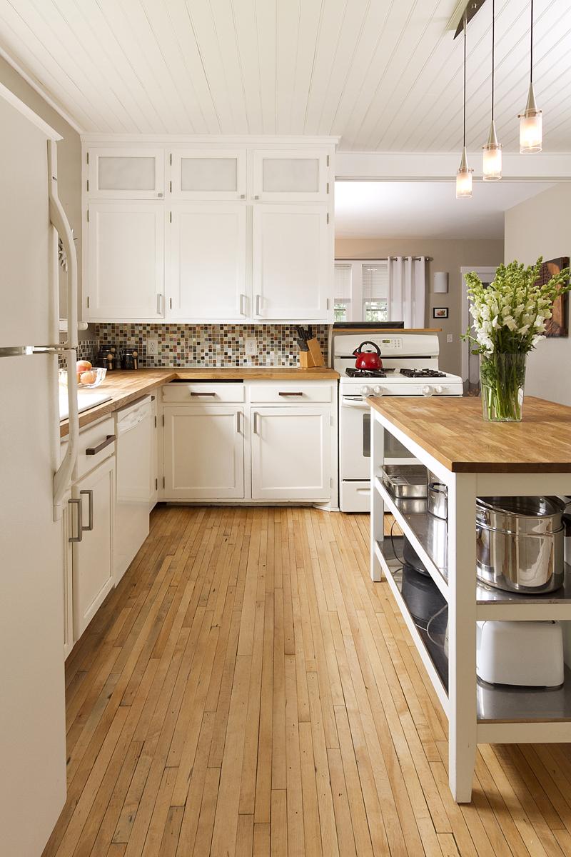 Web_kitchen cabinets vert.jpg
