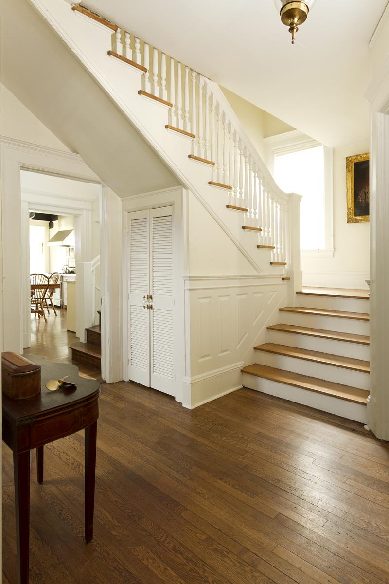 Web_foyer to staircase vert.jpg