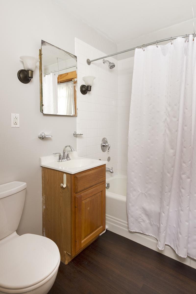 web_bathroom vert.jpg