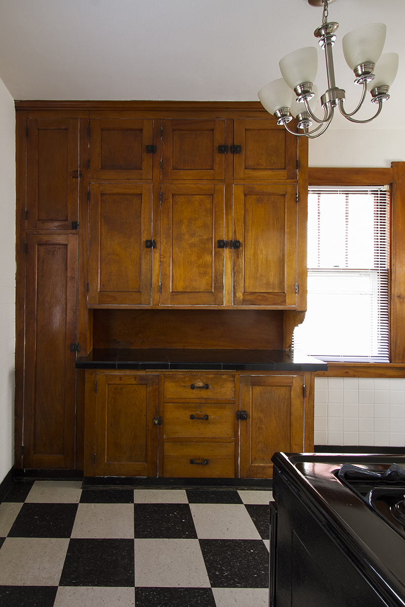 web_kitchen cabinets.jpg