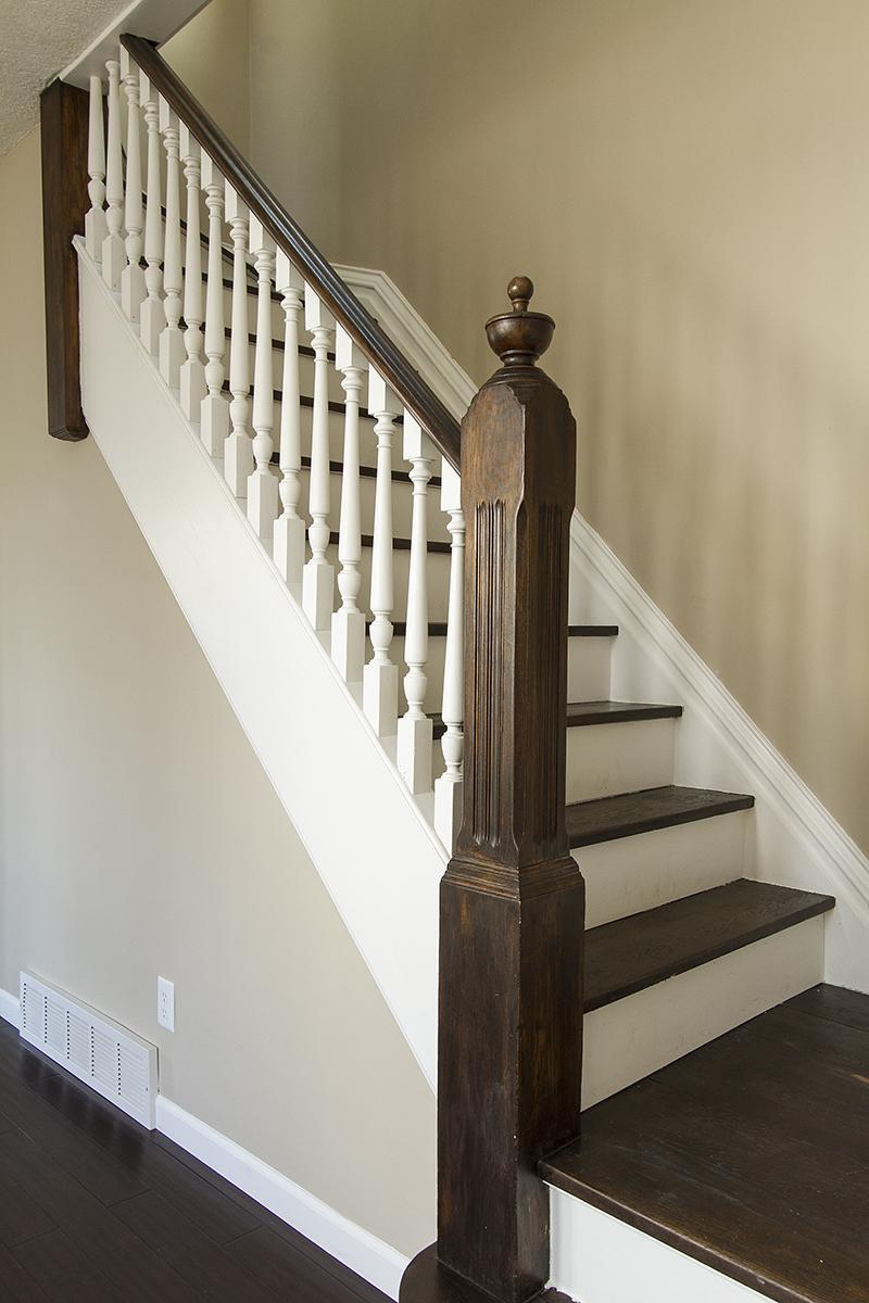 web_stairs vert.jpg