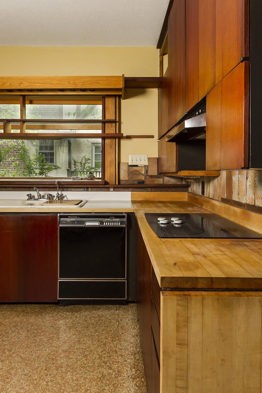 web_kitchen vert.jpg
