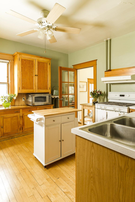 web_kitchen to family 2.jpg
