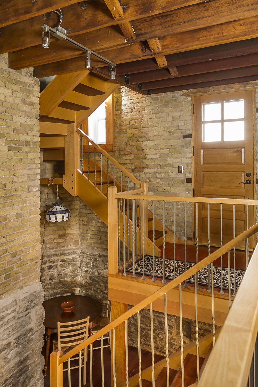 web_staircase 2.jpg