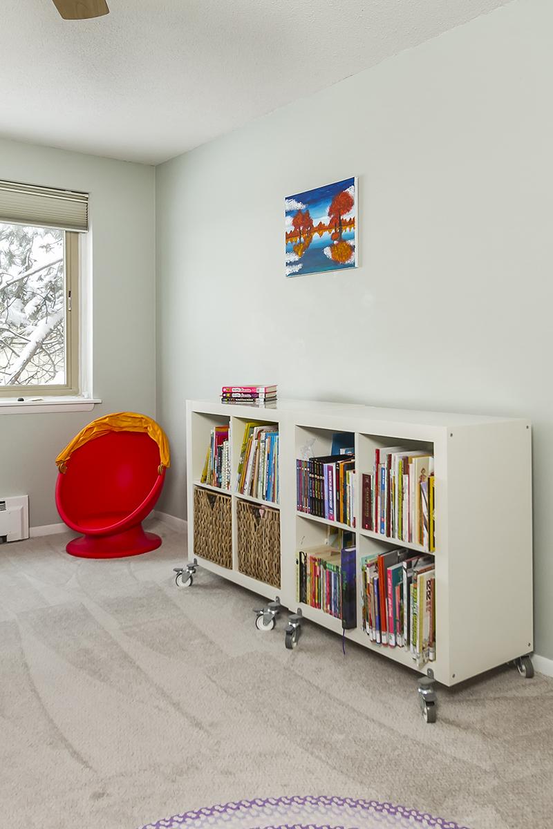 web_bedroom 1 bookcase.jpg