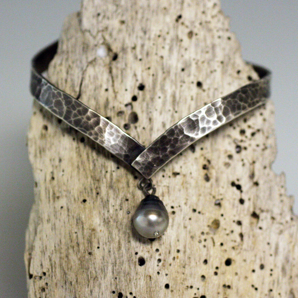 Sterling silver and pearl pointed cuff bracelete