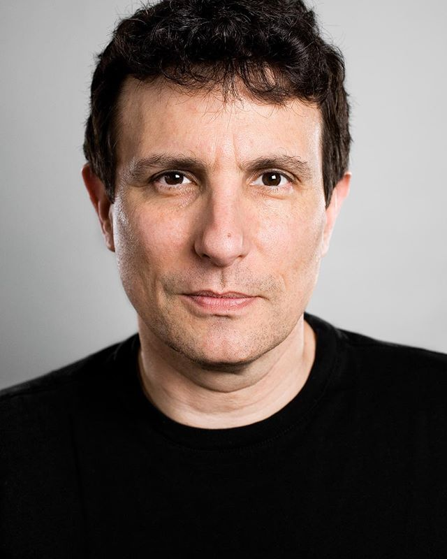 Sunday morning with @newyorkermag is tradition. Thanks Mr. Remnick! It was a great honor to meet and photograph you. @seattlemet #davidremnick #editor #celebrityportraitphotographer