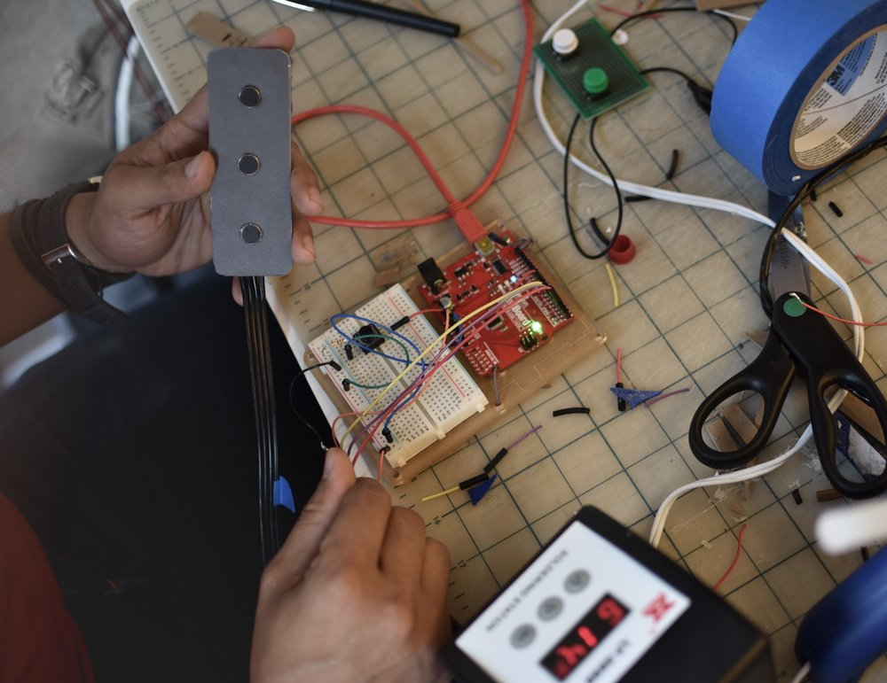 Prototyping the haptic language using a micro-controller.