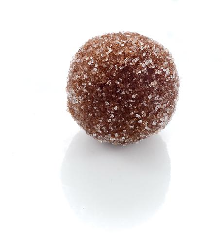 <b>COINTREAU CARMEL</b>  <P ALIGN=Left>Milk chocolate truffle with Cointreau carmel center rolled in sugar</P>