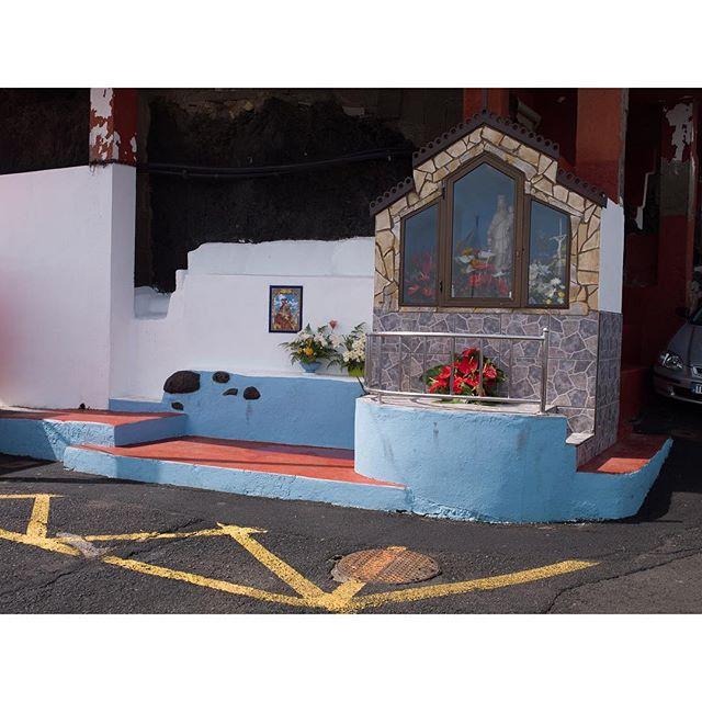 Ermita de carga y descarga en #jover #tenerife #charcodejover #piscinanatural #ermita #parking