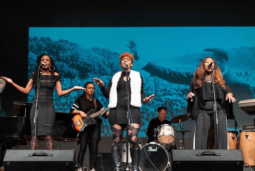 Motown Mondays Ensemble | Photo by Jaznina Santiago