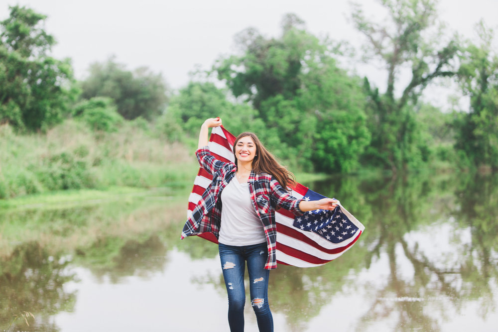 Katy Senior Photographer, Seven Lakes High School