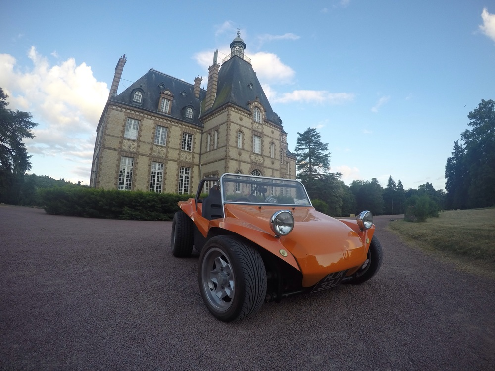 Retro Beach Bug at Chateau Rive Sarthe for the Retro Rides Summer Holiday 2015