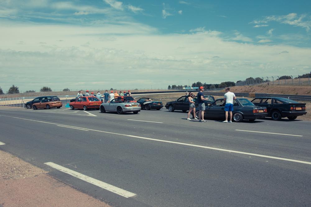 Retro-Ride-Summer-Porsche-Curves.jpg