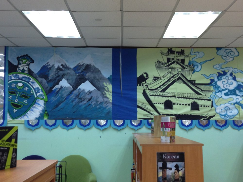 The SSIS elementary library has lovely murals. There are different language collections in the library, to suit the different nationalities.