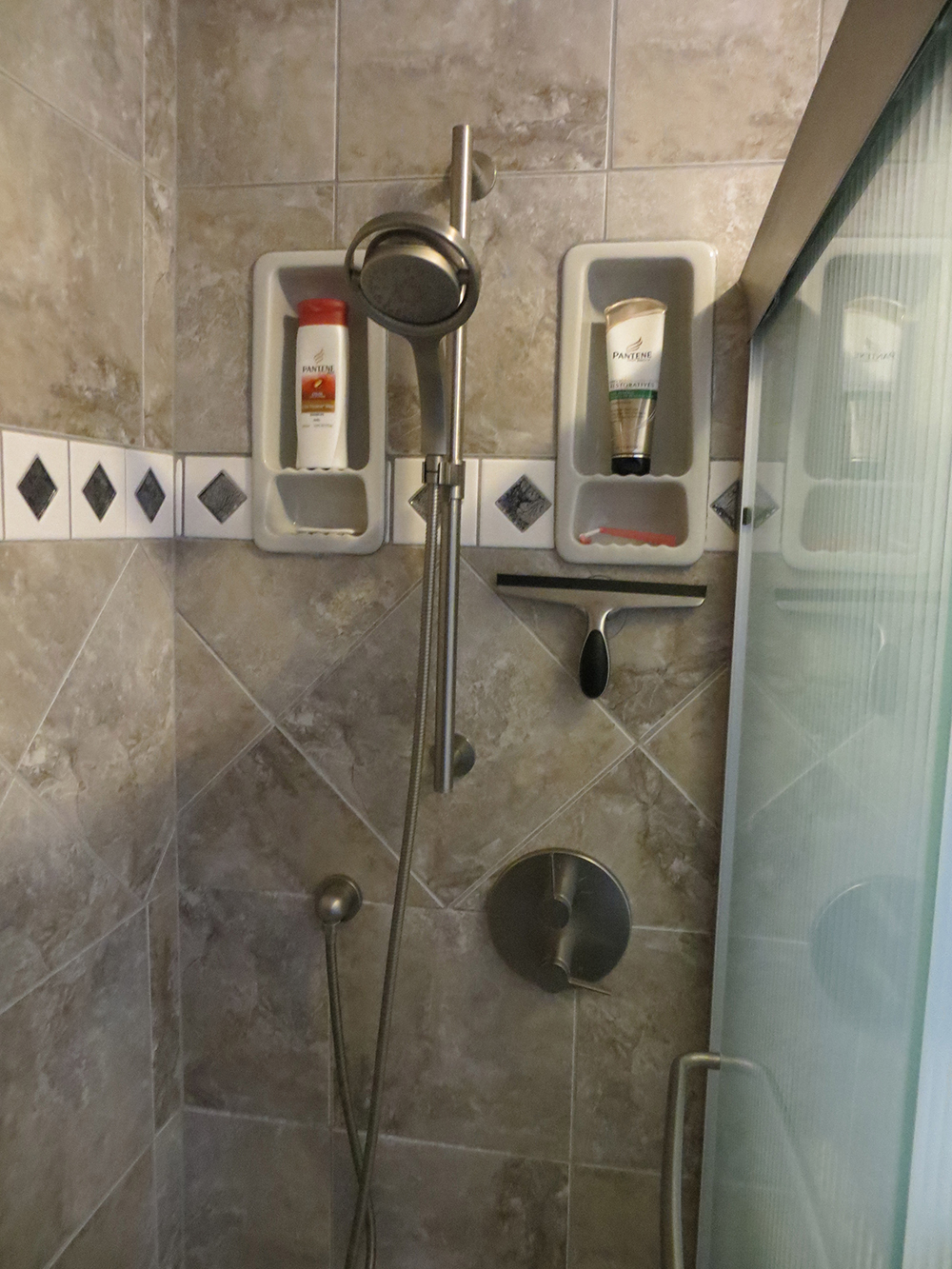 shower end 2.jpg