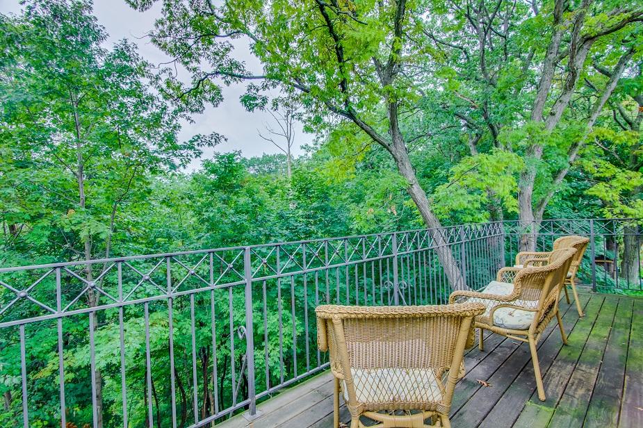 s16b balcony.jpg