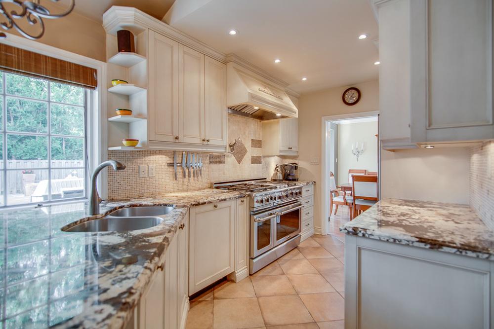kitchen 42s.jpg