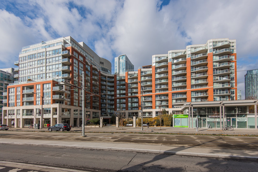216-550 Queens Quay West