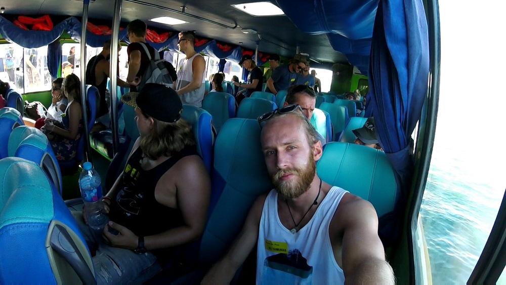 Fastboat till Giliöarna