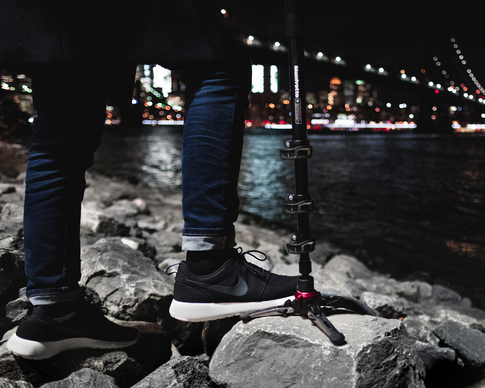 Manfrotto_IG_Lifestyle-Monopod-Black.jpg