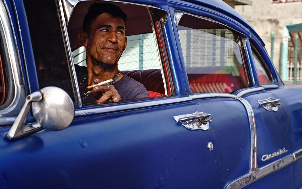 PHOTOGRAPHING THE CHARACTER-FILLED FACES OF CUBA