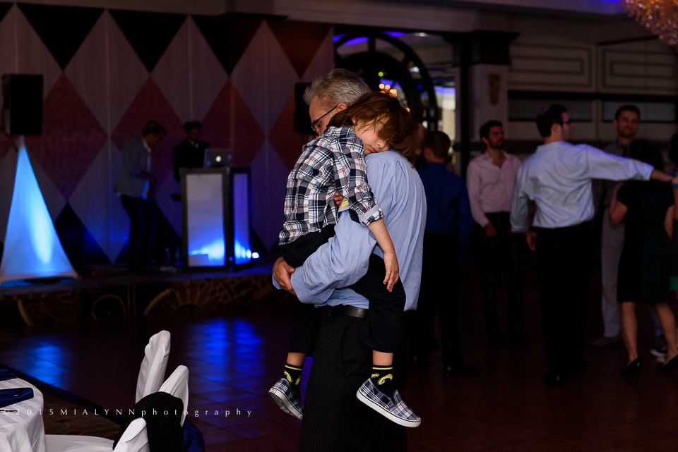 ©2015MIALYNNphotographyGinter_Party_257.jpg