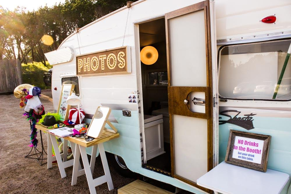 Trailer Booth Photography | Photo Booth Austin Texas | Wedding Photo Booth & More