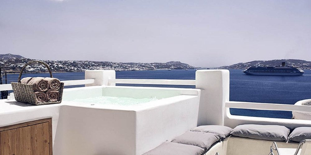DELUXE-SEA-VIEW-ROOM-WITH-OUTDOOR-SPA-BATH-10-1200x600.jpg