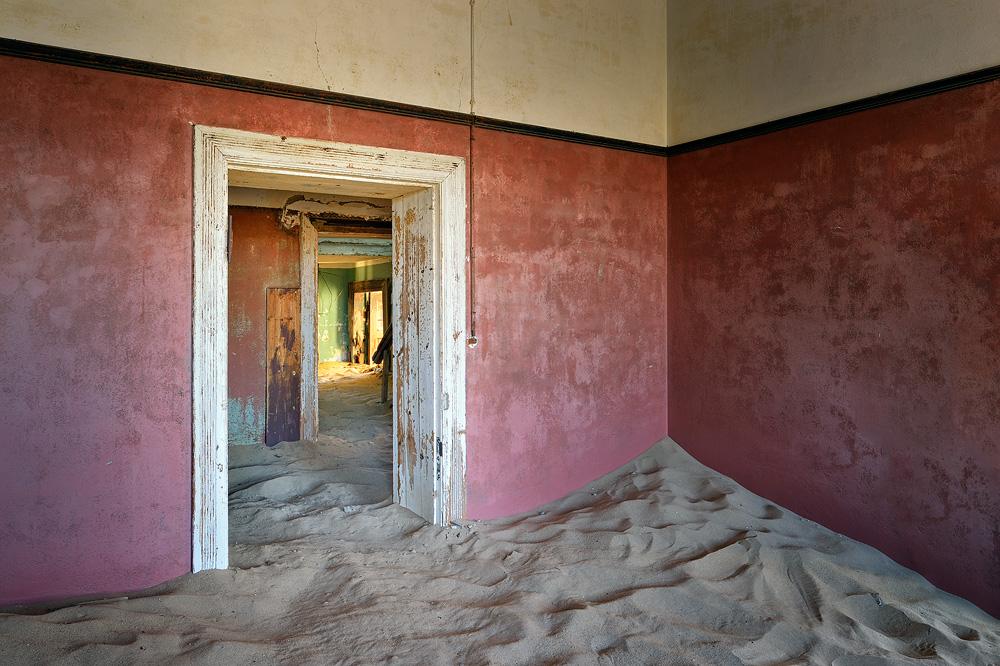 Kolmanskop 01 copy.jpg