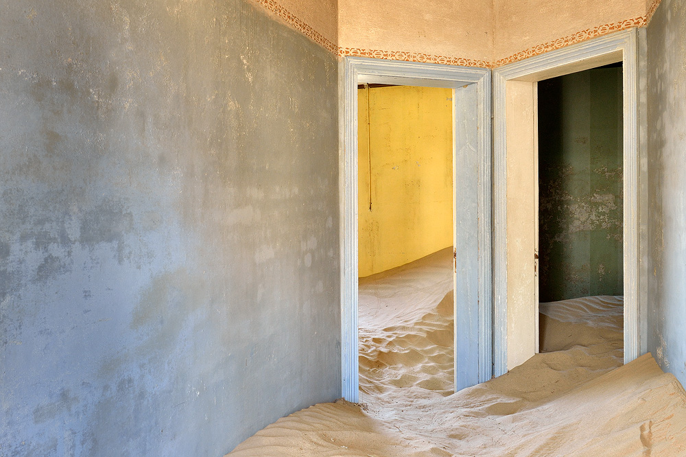 Kolmanskop 12 copy.jpg