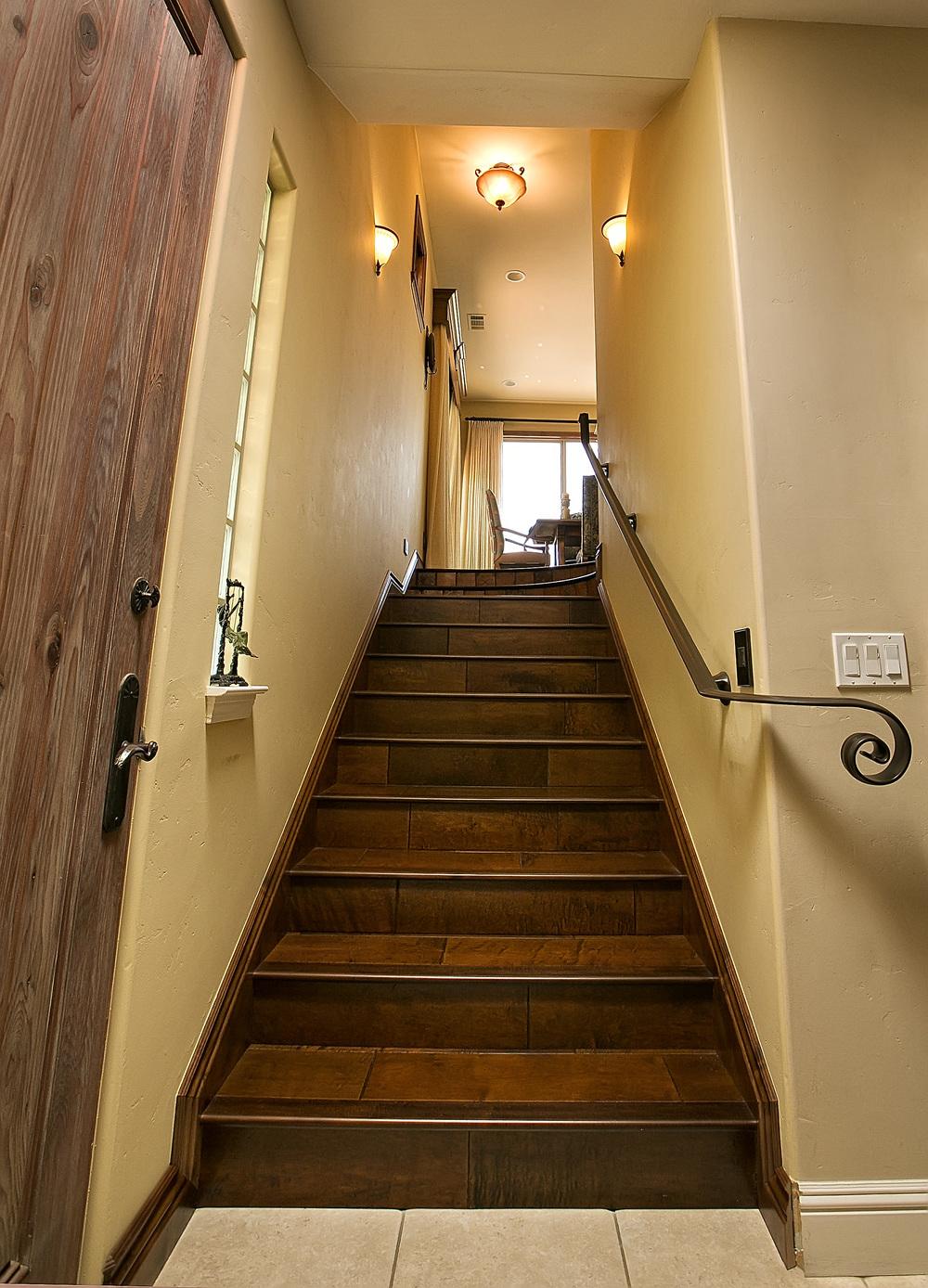 Avila stairs 2.jpg