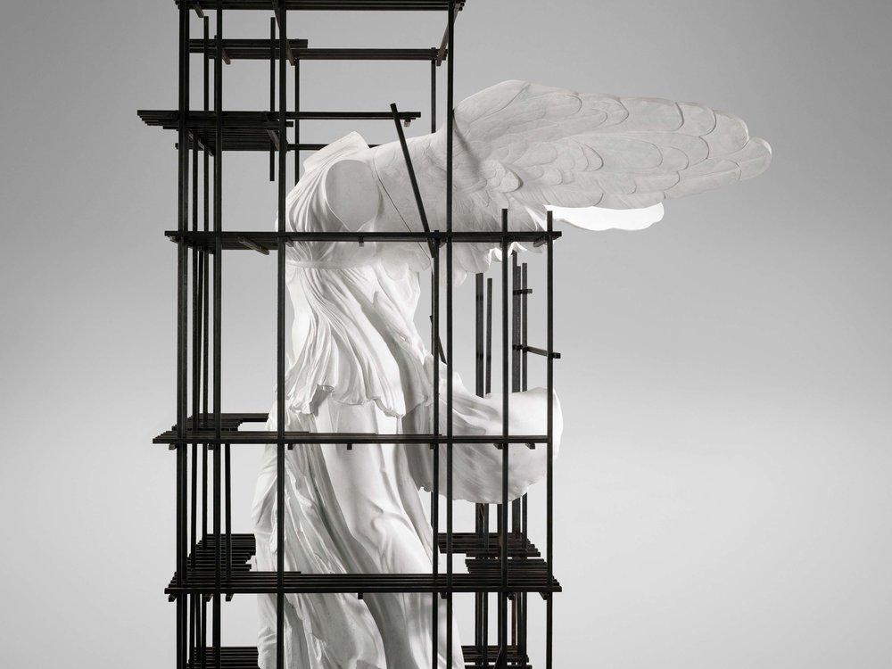 1. SE Etagere 'Antiquity Shelves Nike' 3.jpg